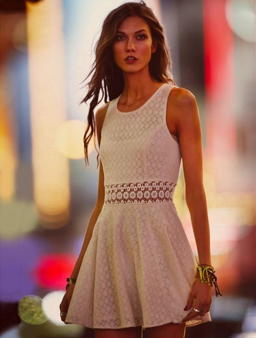 This is a great dress (Free People, own it, and well Karlie is pretty awesome too)