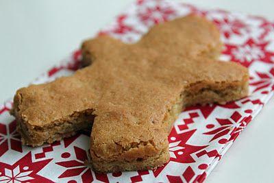 chewy ginger cookie bars: Cookies Bar, Food Recipes, Cookie Bars, Gingers Cookies, Christmas Cookies, Chewy Gingers, Nut, Gingerbread Cookies, Christmas Mornings