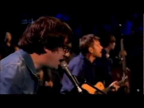 Blur - Tender (Brit Awards 2012) // DIOSSSSS