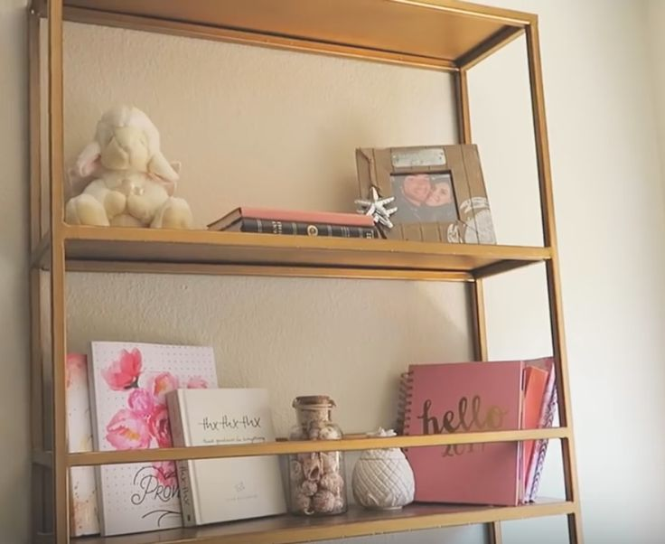 How amazing is this hanging gold shelf from Cambria Joy? If only I knew where she purchased it!