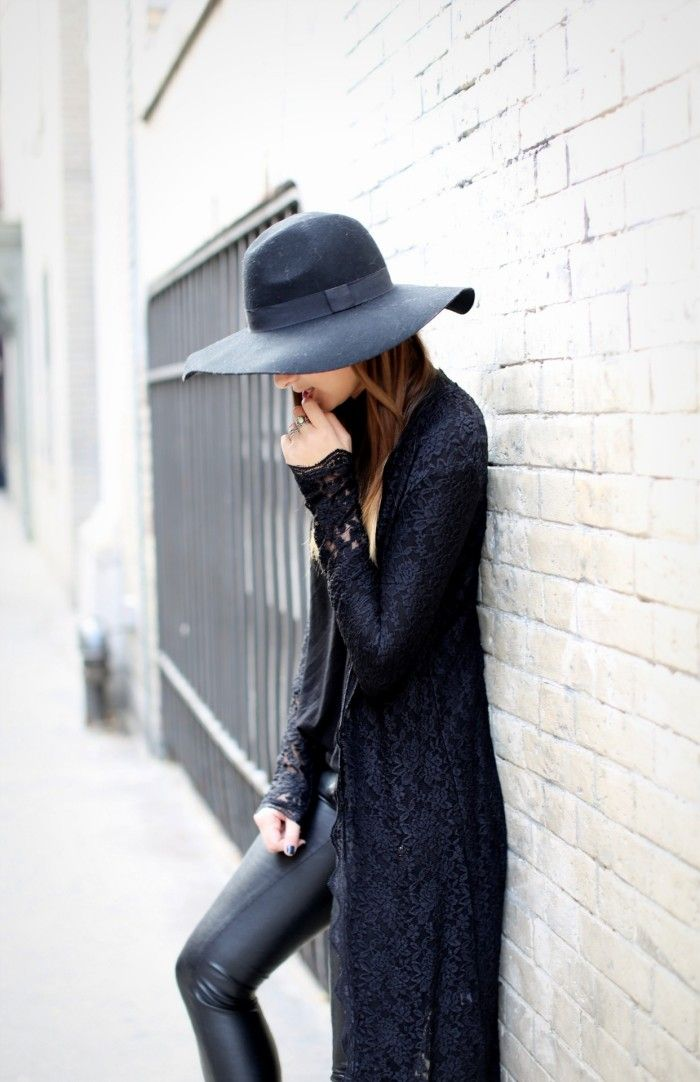 Love the wide-brim floppy hat and lace robe-coat.