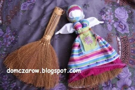 Rytuał sprzątania... bo sprzątanie też jest czynnością magiczną... i Miotłuszka…
