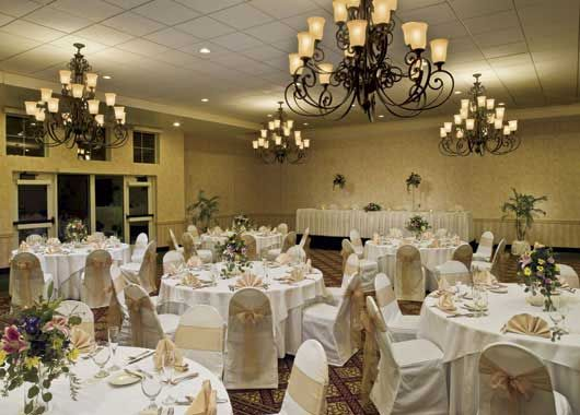 Vintage Wedding Decorations Ideas Weddings DecorationsVintage DecorModern