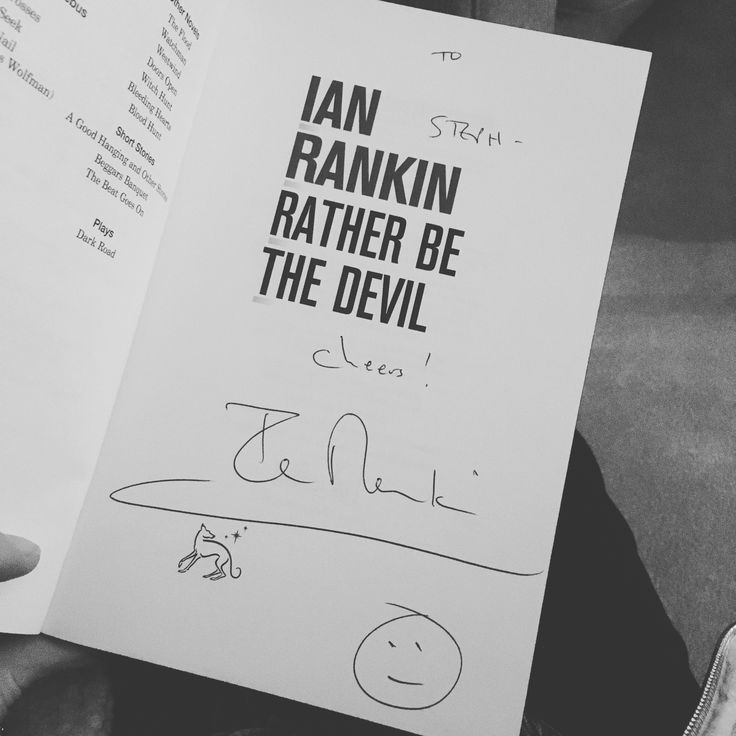 Celebrating 30 Years since the first Inspector Rebus book Knots and Crosses by Ian Rankin was published. I went to a Q and A with the Author.