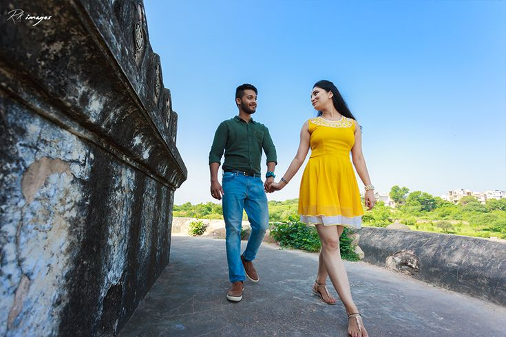 Indian Couple Candid pre wedding photography 2016 by R K Images - Delhi's Leading Candid Photography company