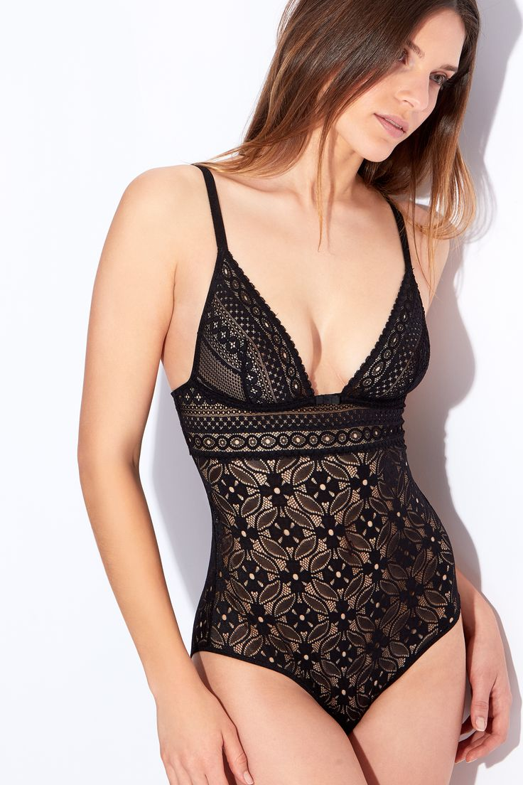 Lace - Party Goin' On