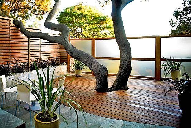 2012-modern-courtyard-lighting-ideas