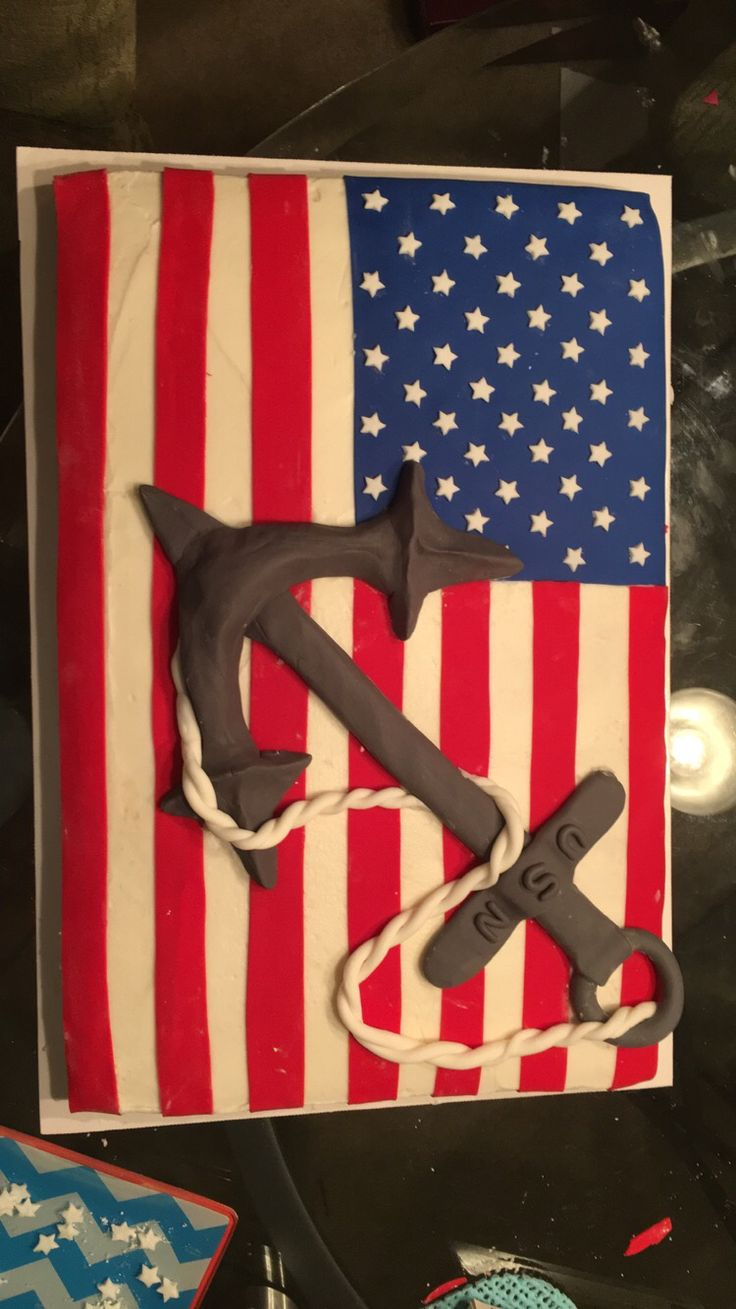 My attempt at a US Navy birthday cake #usnavy #navy #cake #navycake