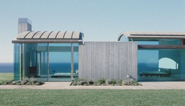 Invisible Structure of a Beach House by Sagan Piechota Architecture - Front View of the Invisible House