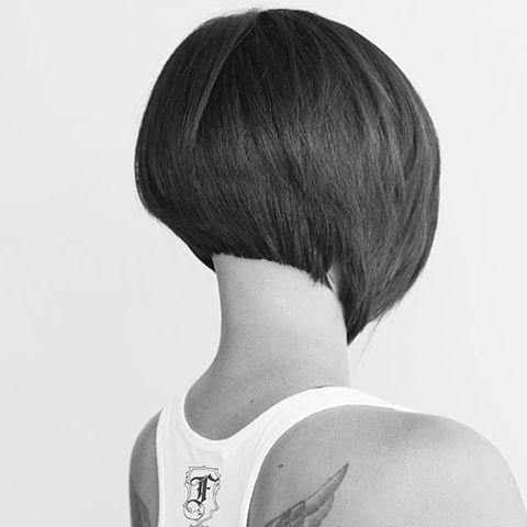 An edgy bob courtesy of the one and only Fern Andong. Now this is a cut to remember. #IAmPaulMitchell