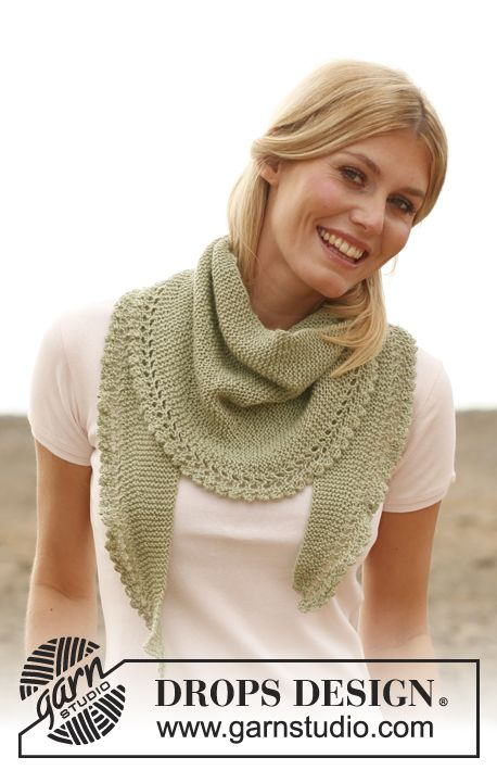 "Knitted DROPS scarf with flounce in ""Alpaca"". ~ DROPS Design"
