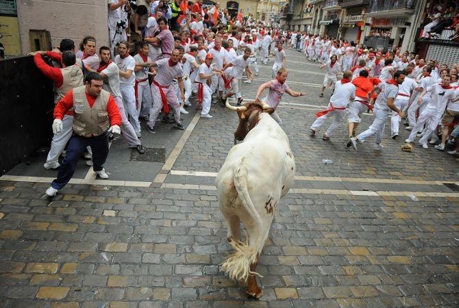Pamplona - sixth day of San Fermin - the Encierro!