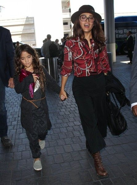 Salma Hayek Photos - Actress Salma Hayek and her daughter Valentina Pinault are seen departing on a flight at LAX airport in Los Angeles, California on September 3, 2015. - Salma Hayek and Daughter Depart on a Flight at LAX