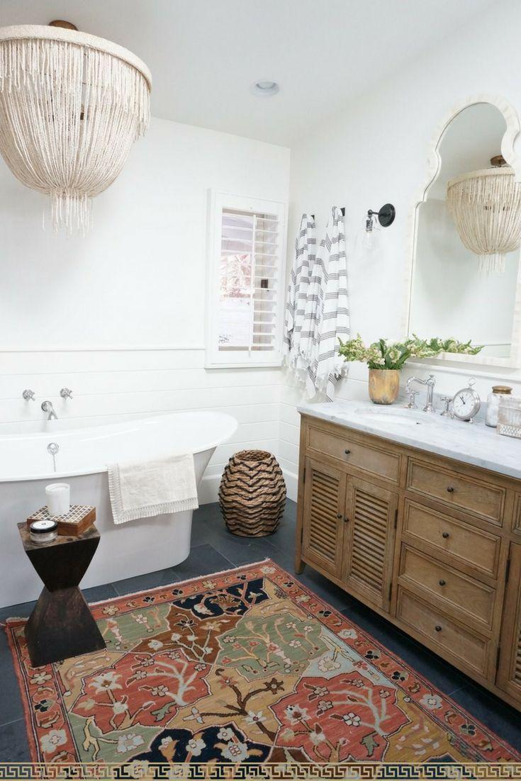 Perfect bathroom rug idea! Bohemian rustic décor is gorgeous :) I ...