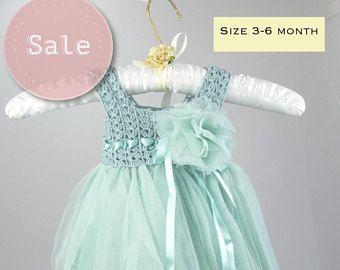 Claro menta imperio cintura bebé tul vestido con estiramiento del ganchillo Top.Tulle vestido para niñas con blusa de encaje de ganchillo.