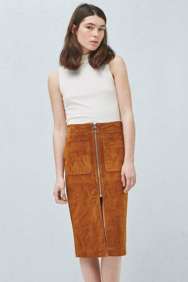 Luce piernas este verano http://stylelovely.com/shopping/faldas-de-verano/