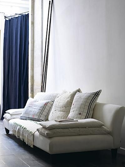 ,,Metals Frames, Baileys, Sofas Couch, Living Rooms, Caravan Sofas, Diy Chandelier, Design, New Books, Couch Cushions