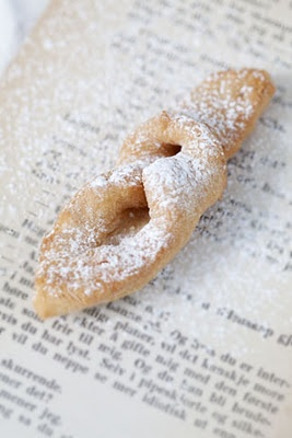 Csöröge - Hungarian New Years Eve fried cookie - light and airy, dusted with powdered sugar