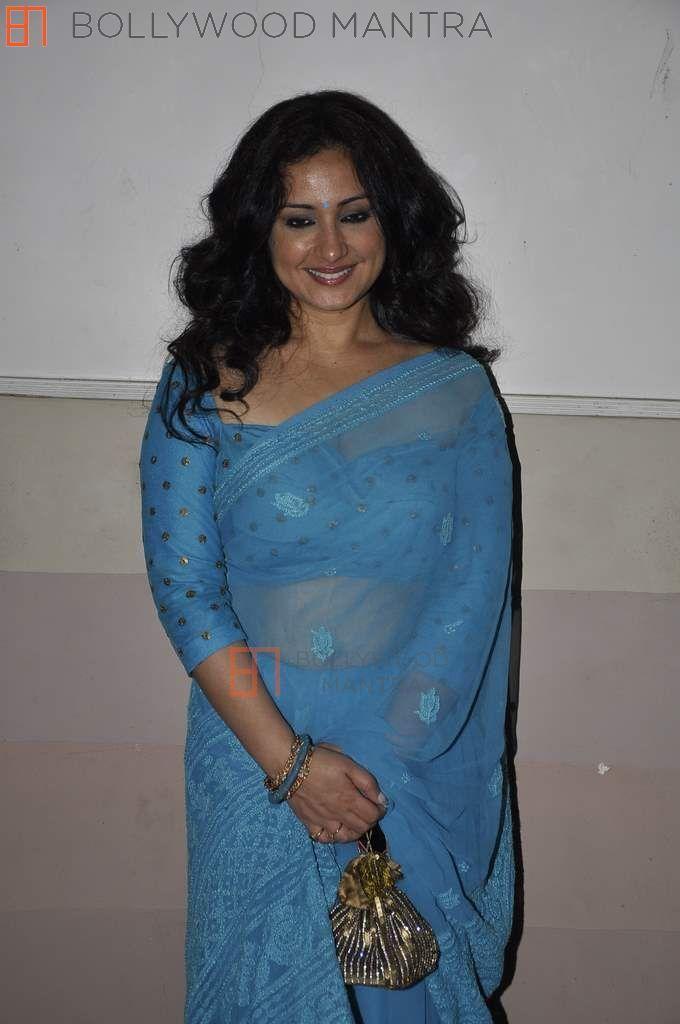 Divvya Datta in Prom Dresses Backless
