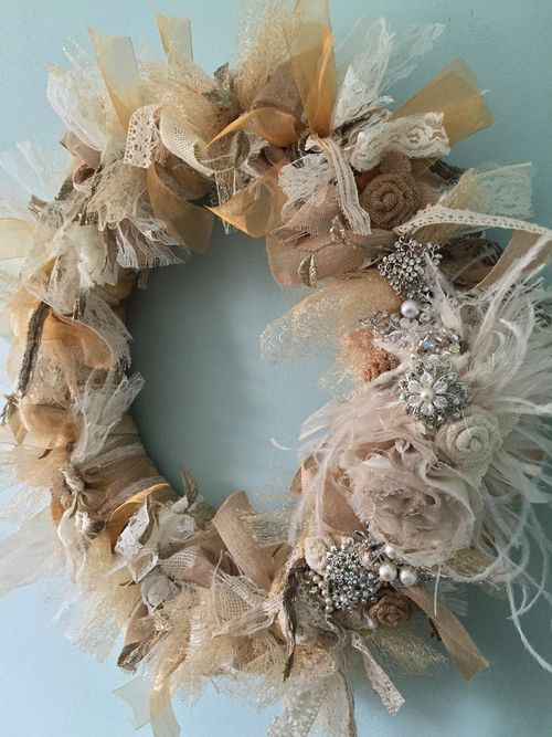 Learn how to create this DIY wreath - check it out... EventTrender.com