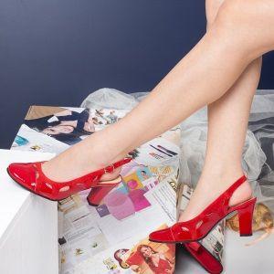Sandale Ieftine Dama la super pret. Important este sa ai un simt estetic dezvoltat, :) pentru ca banii nu sant atat de importanti, cand decideti sa cumparati o pereche de sandale ieftine , elegante ;) si frumoase.