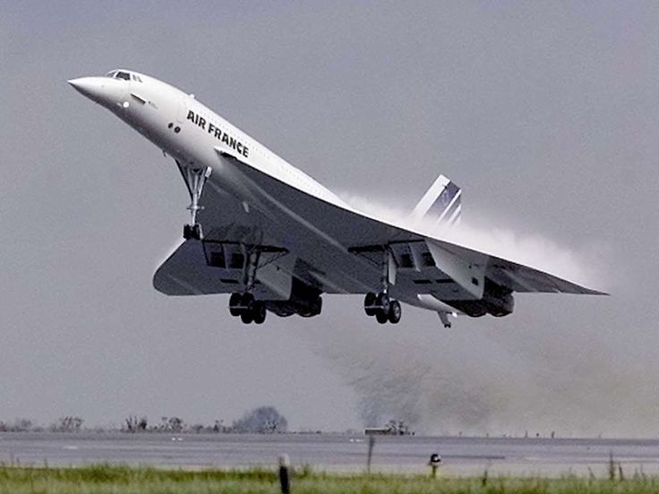 On the morning of January 21, 1976, two Concordes — one each from British Airways and Air France — took off simultaneously on what would be the aircraft's first commercial supersonic flights with fare-paying passengers.<p>The British Airways jet took off from London's Heathrow Airport bound for Bahrain, while the Air France flight left Paris Orly Airport headed for Brazil with a stop in Senegal.</p><p>Later that year, Air France and British Airways put the cutting-edge jet into service —…