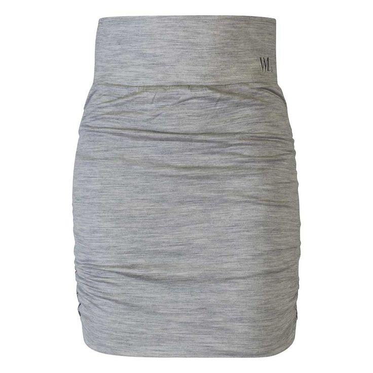 Woolskirt, in differnt colors too. I want this! ULLSKJØRT DAME BESSEGGEN , Light Grey