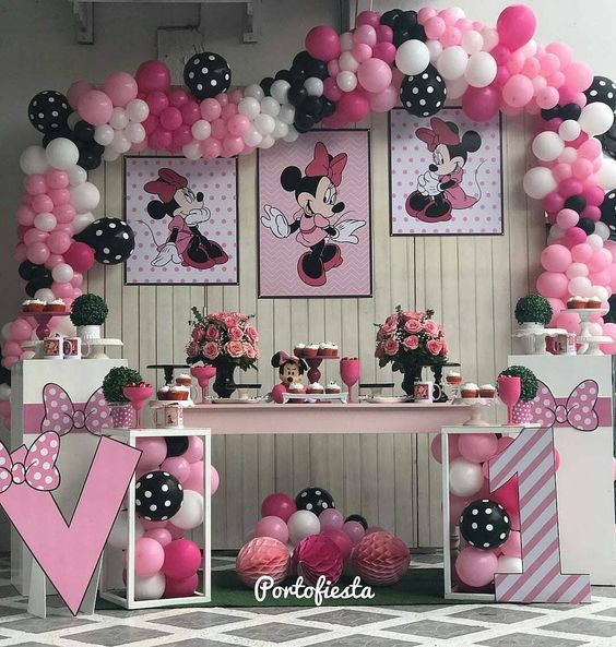 Mesa Principal De Minnie Minnie Mouse Birthday Decorations Minnie Mouse Birthday Party Decorations Minnie Mouse Birthday Party