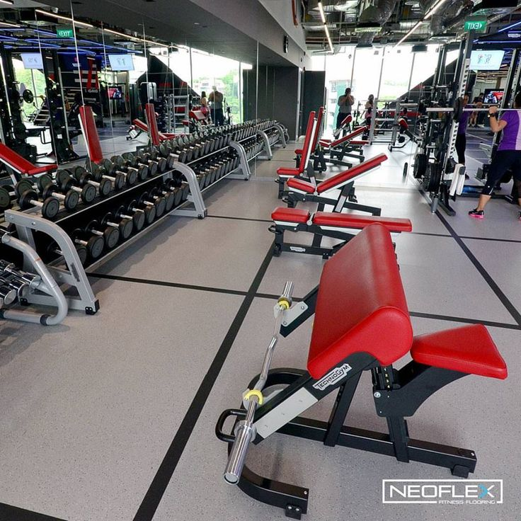 Neoflex Natural Series Fitness Flooring In The Freeweight Areas Of Virgin Active Singapore S New Holland Village Club Gym Design Floor Workouts Gym Interior
