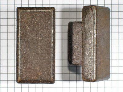 Knop rechthoekig ijzer geroest en gelakt 50 x 24 x 24 mm