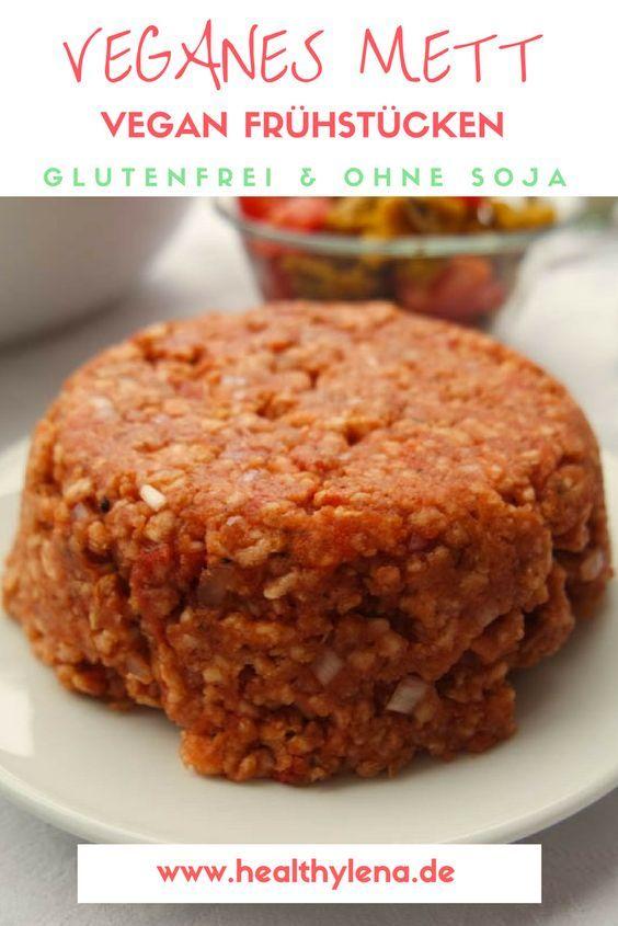 Veganes Mett aus gesunden Zutaten - perfekt für das vegane Katerfrühstück - ohne Soja, fettarm & glutenfrei! #frühstück #vegan #frühstücken #brotaufstrich #brot #brötchen #healthylena