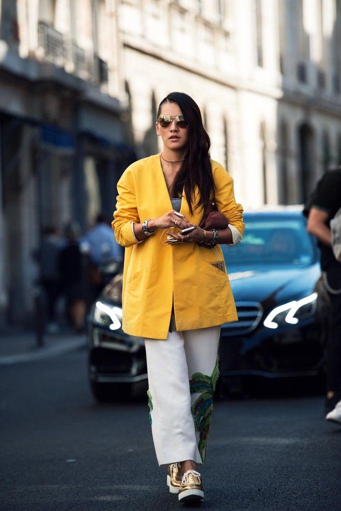 #TinaLeung popping yellow in Paris.