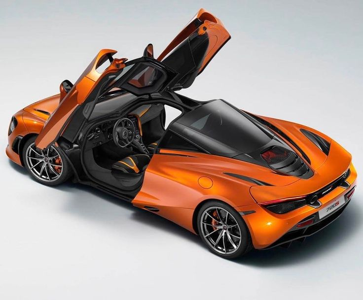 First clear shot of the new McLaren 720S has made its way onto the interweb! From this angle it looks absolutely EPIC!  #McLaren #720S