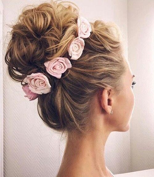 || Coiffure || Chignon haut & roses //