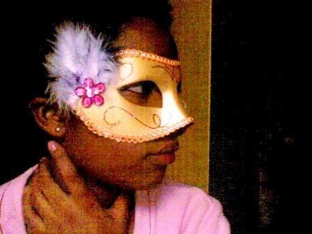 spot my nose hahaha XD