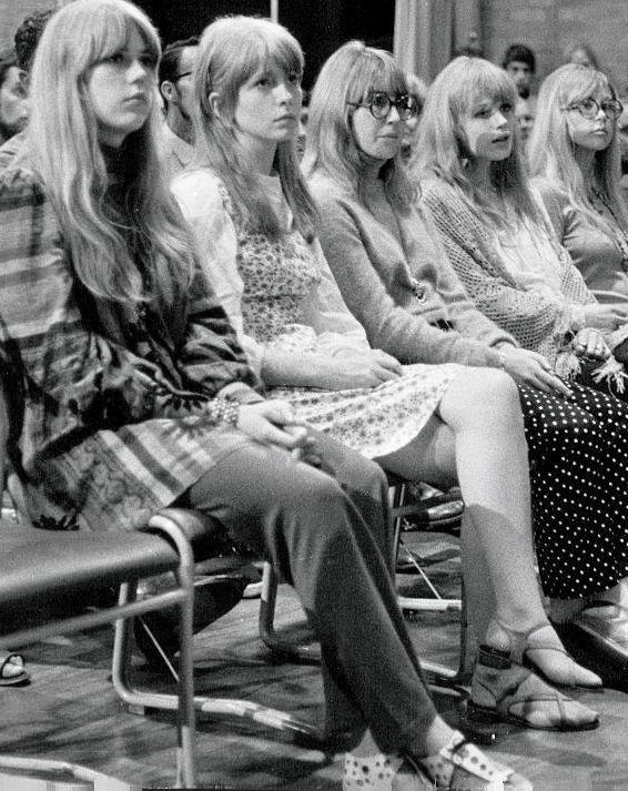 Jenny Boyd,Jane Asher,Cynthia Lennon,Marianne Faithfull,and Patti Boyd