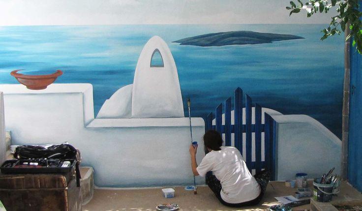 Ειρήνη Μωυσιάδου ζωγραφική στον τοίχο αυλής