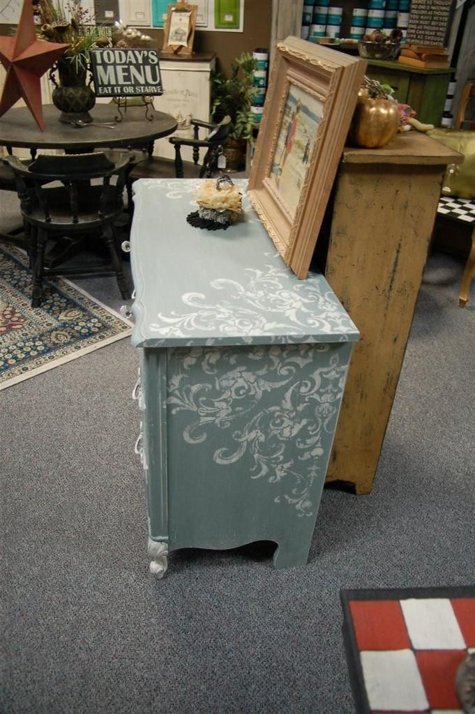 1000+ ideas about Lace Painted Furniture on Pinterest | Spray ...
