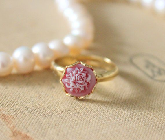 rose cameo ring. Engagement Ring,So Want!!
