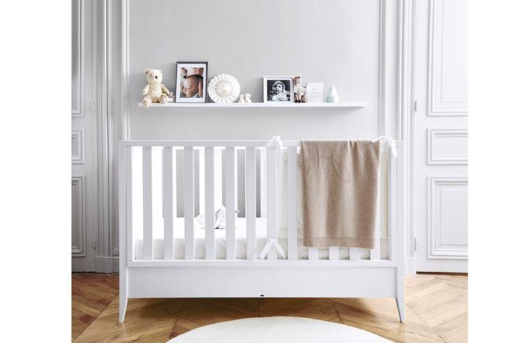 Version bébé : Lit bébé modulable de la naissance à 6 ans ...  Le lit s'adapte à l'âge de votre enfant...  #jacadi #litbébé #litmodulable