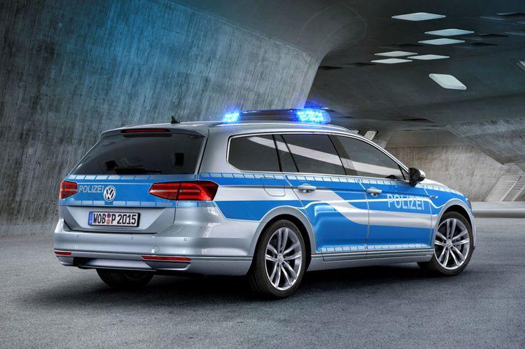 VW Passat Variant GTE Polizei