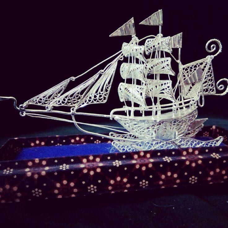 Miniatur Kapal Perak
