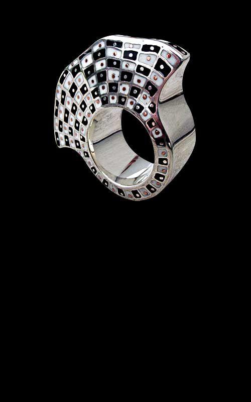 Blazko - biżuteria artystyczna srebrna, jubiler Grzegorz Błażko. Biżuteria ślubna, męska, damska, srebro, złoto, ręcznie robiona, Kraków, ma...