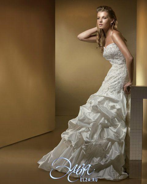 Cвадебное платье BR952: фасон годе (русалка, рыбка, трампет), длинное платье, с вырезом сердечком, с пышной юбкой, со шлейфом, модель до 2016 года, без рукавов, платье, в ограниченном количестве, узкие бретельки