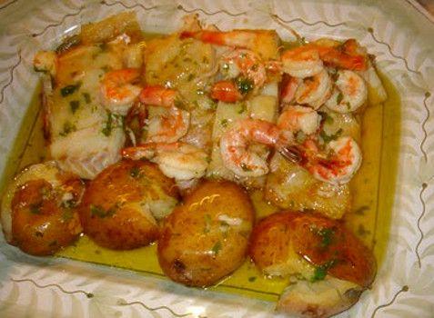 Receita de Bacalhau com camarão - http://www.receitasja.com/receita-de-bacalhau-com-camarao/