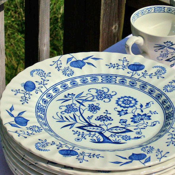 Antique China English Ironstone Meakin Nordic Blue Onion 28 Piece Set by EdibleComplex on Etsy (Beth), via Flickr