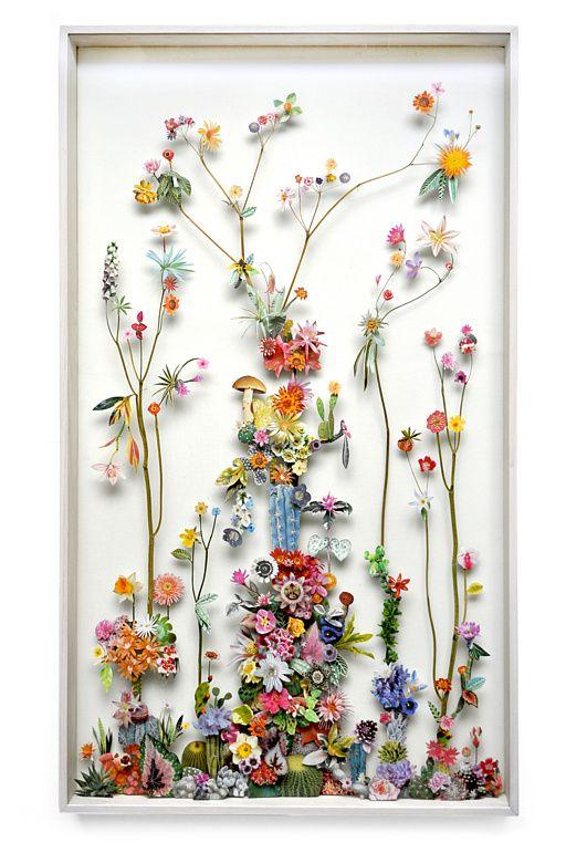 Очень хрупкие, но невероятно красивые композиции из цветов и бабочек - лучшее напоминание о бесконечной красоте природы, такой тонкой и непостижимой.