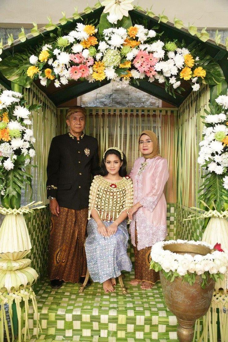 Pernikahan Adat Jawa Anjani dan Randy di Jakarta