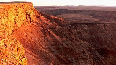Fish River Canyon je druhý největší kaňon na světě.