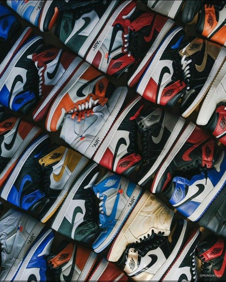 Pin By Mohamed Ahmed On C Sneakers Wallpaper Shoes Wallpaper
